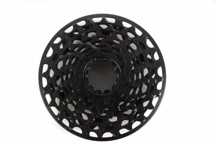 Звезда задняя, XG-795, кассета, 7 ск., 10-24, SRAM (черный, CFW712000010) фото