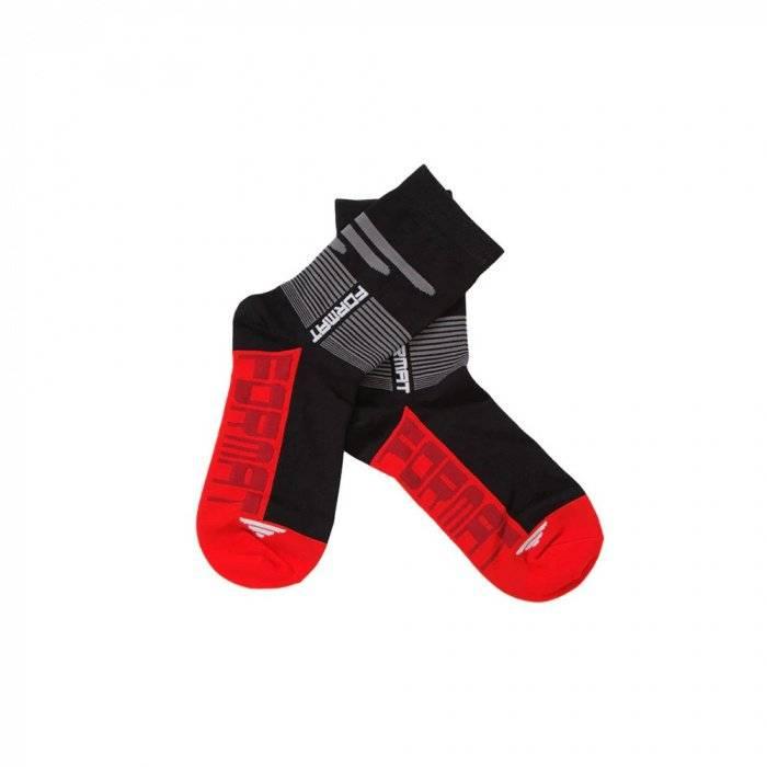 Носки FORMAT (RFMTSOCKS001) (черно-красные) фото